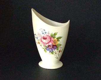 Axe Vale Pottery vintage vase, Devon England, floral bouquet, posy vase, cottage chic, country style, asymmetric, home decor