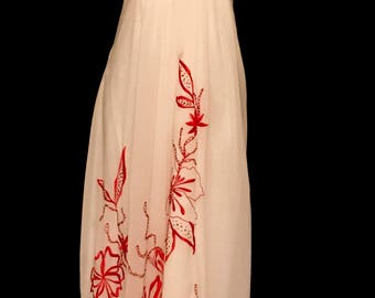 Red and White Chiffon Oleg Cassini Gown                VG326