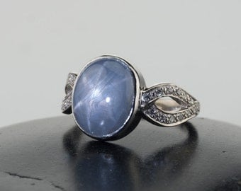 Blue sapphire ring, Blue sapphire rings, blue stones rings, Gemstone rings, blue gemstone white gold ring, natural star sapphire, blue stone