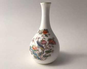 Vintage Wedgwood bud vase, Kutani Crane design, Wedgwood Kutani Crane, Kutani Crane vase, Wedgwood bone china, Made in England, oriental