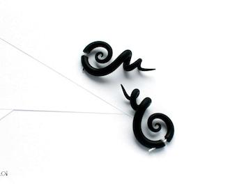 Spiral fake gauge earrings black fake plugs fake gauges
