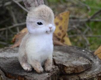 Felt rabbit Cute bunny Needle felted bunny Bunny miniature Easter gift felted animal wool felt Doll miniature wool rabbit figurine Eco toy