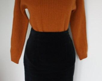 Black velvet skirt, high waisted skirt, vintage velour skirt, 80s pencil skirt, midi skirt, wiggle skirt, Gothic, grunge, office clothes