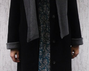 Wool long coat with grey colar