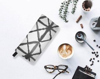 Shibori 9 Modern Shibori Tie Dye Cosmetic Case Modern Monochromatic Makeup Travel Bag