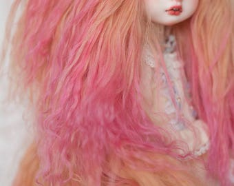 "10"" Long 1/3 Size Mixed Color Gradient Gold and Red Wavy Tibetan Mohair Wig for Volks BJD SD Dolls and Pullip"