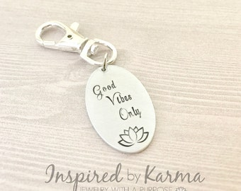 Good Vibes Only Keychain,Daily Mantras, Lotus Flower, Lotus Jewelry, Quote Keychain,Lotus Keychain, Quote Jewelry,Yoga Jewelry,Inspirational