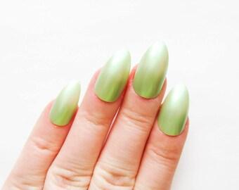24 Spring Green Stiletto Nails / Fake Nails / False Nails / Acrylic Nails / Press on / Green / Stiletto / Nails