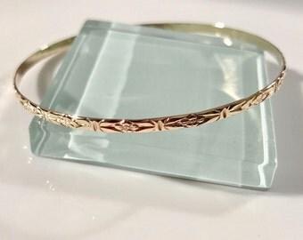 14k floral bangle, 14k flower bangle, 14k bangle, 14k vintage style bangle, 14k gold bangle bracelet, solid gold bangle bracelet