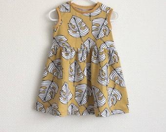 Girls summer dress. Sleeveless dress. Organic cotton jersey fabric with leaves. Toddler dress. Yellow dress with monstera