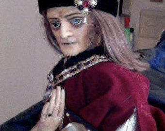 King Richard III hand and rod puppet