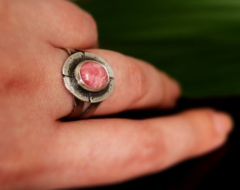 Rhodochrosite Sterling silver Ring, Natural rhodochrosite, pink stone ring, elegant rhodochrosite ring