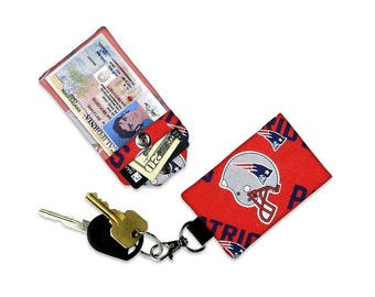 American Football NFL New England's Patriots Mini Wallet Card Holder Keychain Clear ID Holder Small Wallet Student ID Badge Credit Card