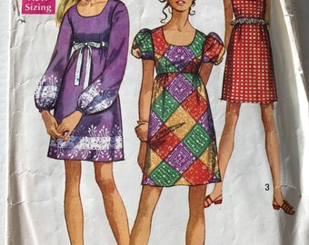 Simplicity 8639 - 1960s Above Knee Length Dress with Raised Waist and Scoop Neck - Size 14 Bust 36