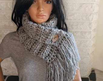 Women's chunky fringe scarf, gray button neck scarf, neckwarmer cowl, women's accessories, gifts for her, fall, winter, spring fashion