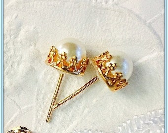 White Pearl and 14K Rose Gold Filled Stud Earrings,Beautiful 14K Rose Gold Filled Filigree,Matching Earring Backs,Bridal Jewelry,Wedding