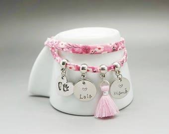 bracelet liberty pompon rose- médaille gravé enfant marraine- bracelet maman - godmother gift