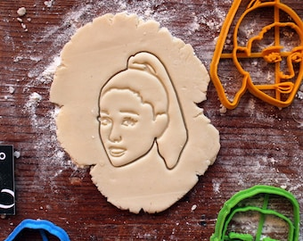 Ariana Grande Cookie Cutter // fondant cutter // cookie stamp // for custom cookies // personalized cookie cutter