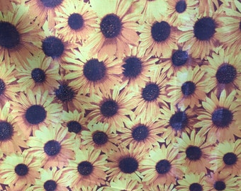 """All Over Daisy Floral Poly Cotton Print Fabric - Sold By The Yard -  59"""""""
