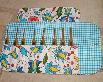 Handmade crochet hook case, organiser, holder, crochet hook storage, pink floral