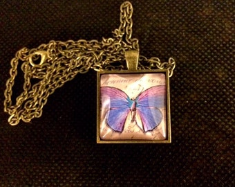 Paper Butterfly square glass pendant necklace (UNK28-Sq)