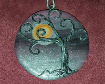 "2"" Whimsy Tree Pendant"