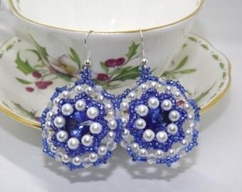 Beaded earrings/handmade earrings/blue and white/blue and white Earrings Earring/Earrings with seedbeads
