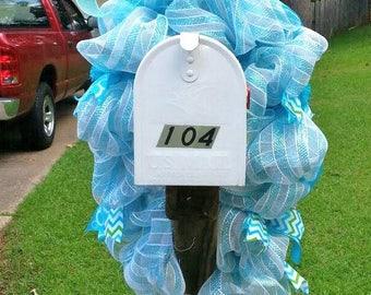 Mailbox Swag, Blue Mailbox swag, mesh mailbox swag, Beach Mailbox decoration, Coastal yard decor, Beach wreath for mailbox