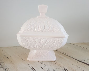 Vintage Jeannette Milk Glass Shell Pink Candy Dish• Acorn and Leaf Pattern