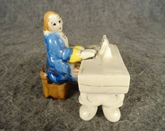 Vintage Made In Occupied Japan Man And Piano Figurines