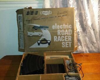 Sears 1/32 road racer set