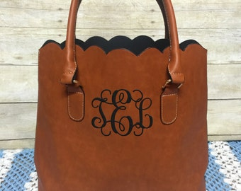 Personalized Monogrammed Faux leather scalloped bag, scalloped tote, scalloped purse, Christmas Gift