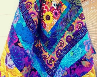Kaffe Fassett Daisies---lap quilt (medium size), throw, couch, twin, double, and queen coverlets---Daisies