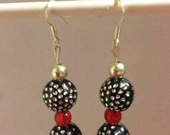 Red black silver polk a dots