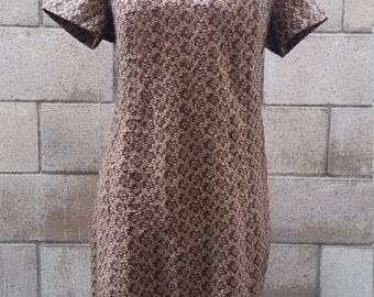 Vintage 1960s Brown Floral Lace Pattern Dress