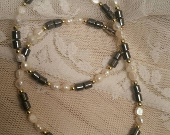 Pearls, Necklace, Freshwater pearls, vintage necklace, real pearls, genuine pearls, cream pearls, gray pearls