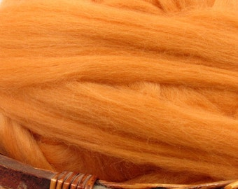 Dyed Corriedale Natural Spinning Fiber / 1oz - Peach