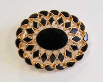 Beautiful 14kt Antique Onyx Brooch Charm