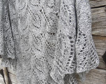 Knitted gray lace shawl.Knitted shawl,triangular shawl, shawl wrap.Gift for her. Hand knitted gray lace wedding shawl. Bridal shawl.