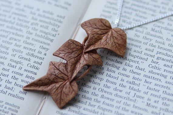 Hand Carved Ivy Pendant /...