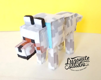 Plush inspired by Minecraft made felt domesticated Wolf choose the (unofficial) color made by custom - color Wolf Plush
