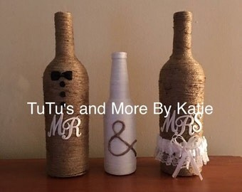 Mr & Mrs Wine bottles - Twine Wrapped Wine Bottles - Mr and Mrs Wine Bottle - Mr and Mrs Wedding - Wedding decor - unique wedding