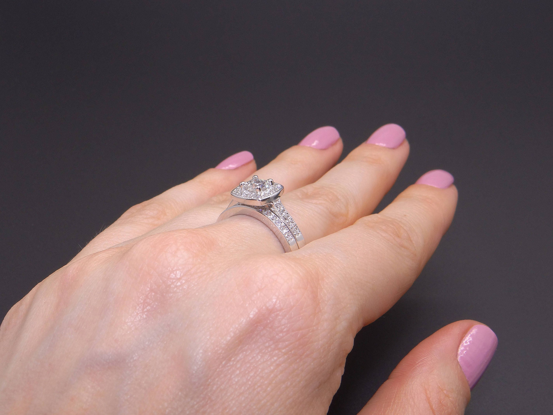 Beautiful 14k White Gold 1.25ct Princess Diamond Engagement Ring ...