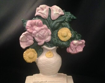 Hubley Cast Iron Flower Urn Doorstop #491/HUBLEY #491 Doorstop/Flowers in Urn Hubley Doorstop/Antique Door stop