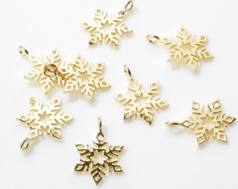 Snowflake Pendant . Snowflake Charm . Winter Pendant . 16K Polished Gold Plated over Brass - 2pcs / IA0084-PG