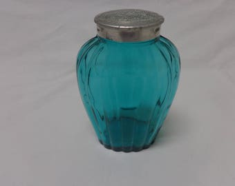 Rare Richard and Hudnut Bath Salts Bottle Jeannette Glass Jennyware Ultramarine