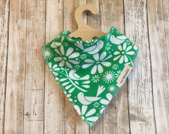 green baby bib, baby bandana bib girl, baby bib birds green, drool bib green, newborn gift set, green dribble bib, baby bandana green birds