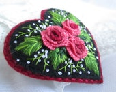 Embroidered Brooch.Roses Bouquet Brooch Pin.Felt Heart Brooch.Heart Brooch.Embroidered Flowers.Pink Heart Brooch. Valentine's Brooch.