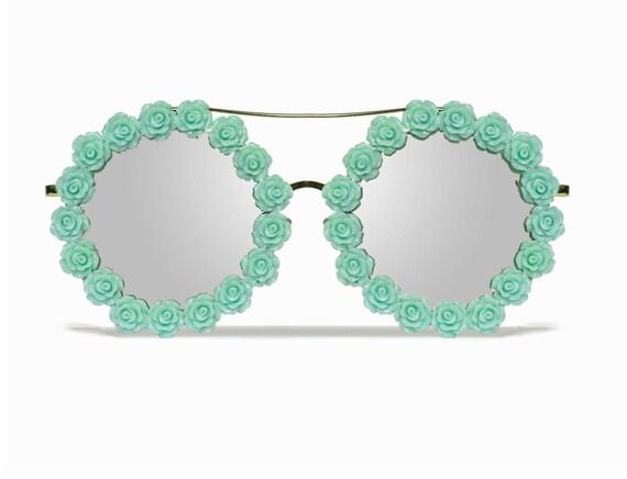 Savannah Mint Round Coachella Festival Flower Sunglasses