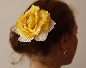 Yellow Ivory hair Rose,Yellow Rose Brooch,Bridal bridesmaid girl woman Hair Flower,Prom Hair Rose,Wedding flower hair clip,Bridal Hair Piece